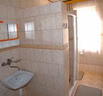 Apartmán: kúpelňa