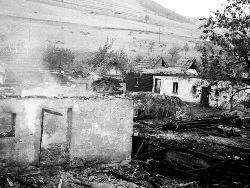 Rozbiórka wsi podczas budowy zalewu
