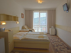 3-bed room with antechamber